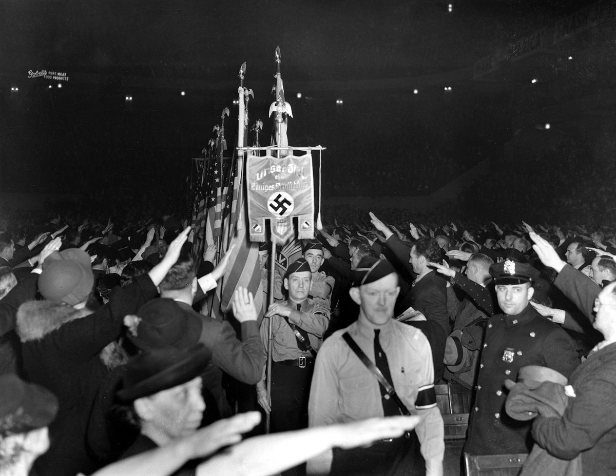 Maverick marcia fascismo America